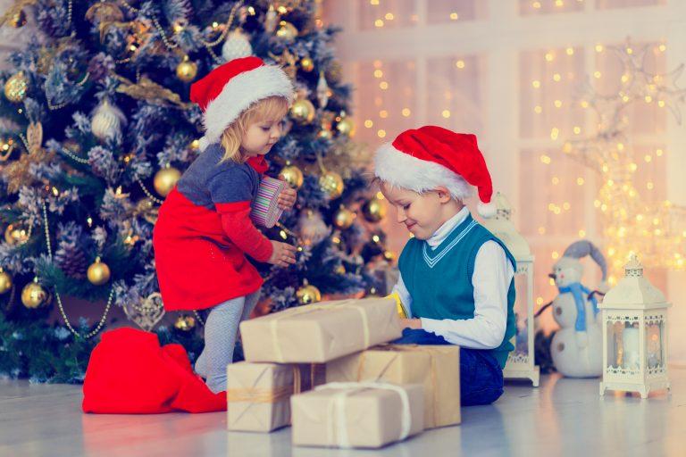 Choosing Christmas Present